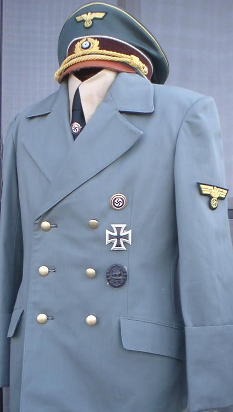 ヒトラー総統服 新生地