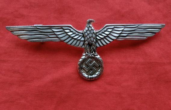 シルバー色金属国防軍鷲章