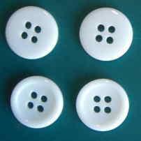 白15mm4穴樹脂ボタン