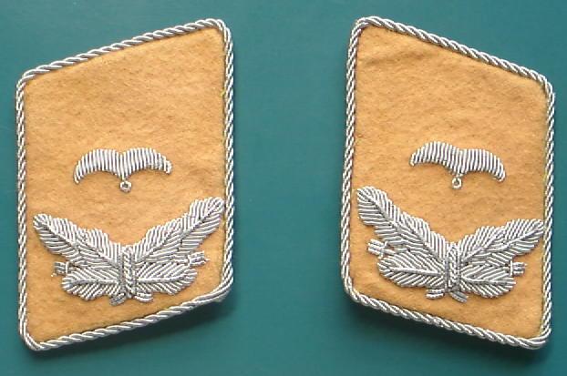 空軍少尉襟章