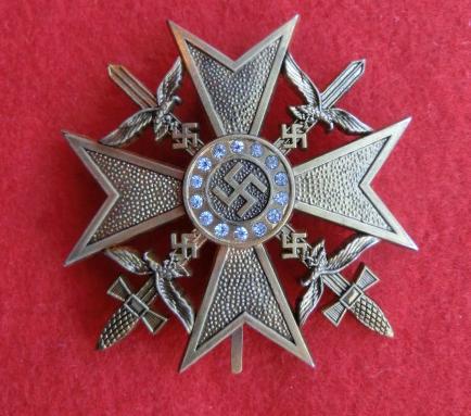 ダイヤ付きスペイン十字章剣付