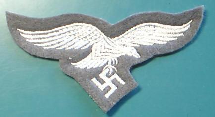 FG色空軍胸鷲章兵