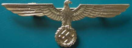 金色金属国防軍鷲章