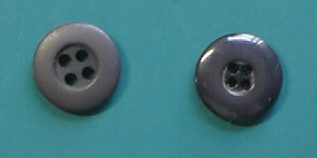 黒小サイズ4穴樹脂ボタン