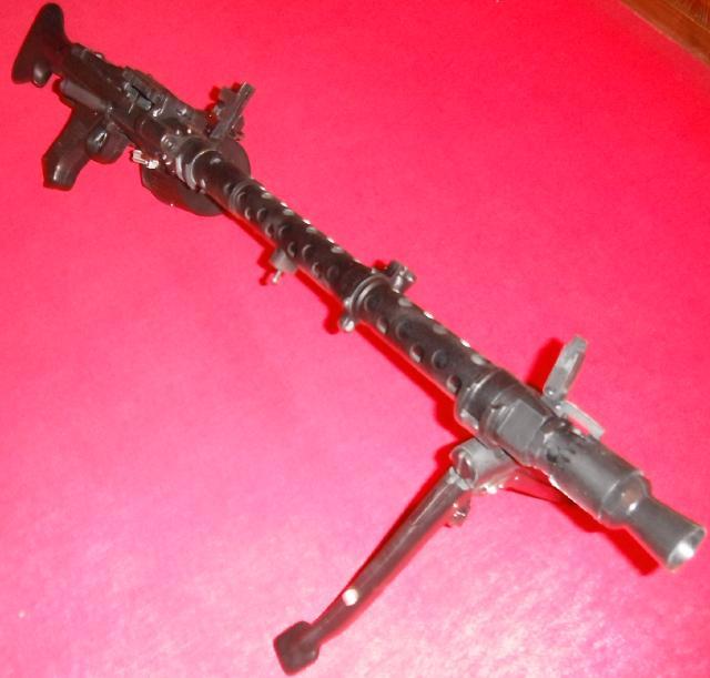 MG34軽機関銃組み立て模型