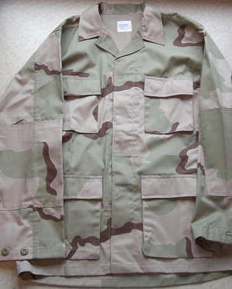 アメリカ軍スリーカラー迷彩服