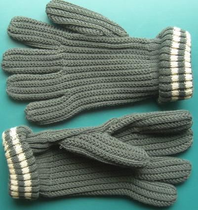 灰色編み手袋