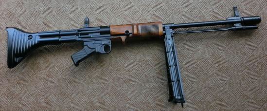 FG42前期型T1自動銃