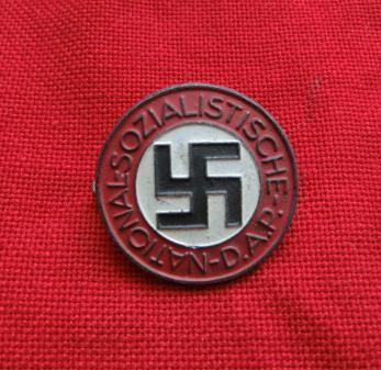 後期ナチス党員章バッチ