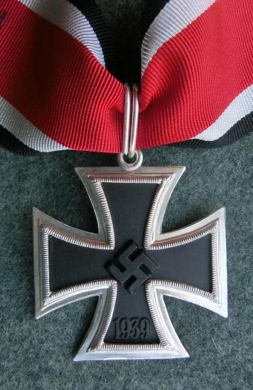 銀枠騎士十字章